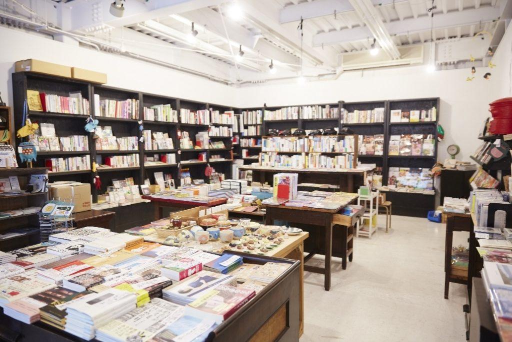 ホホホ座 本屋 書店
